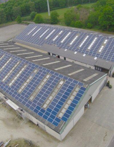 Gereed dak met 726 panelen